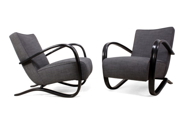 A Pair of Art Deco Armchairs by Jindrich Halabala for Thonet