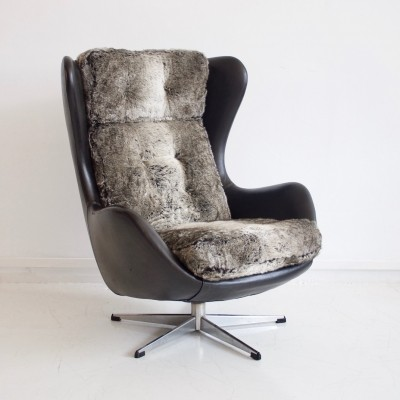 Danish Swivel Armchair with Black Leather & Faux Fur