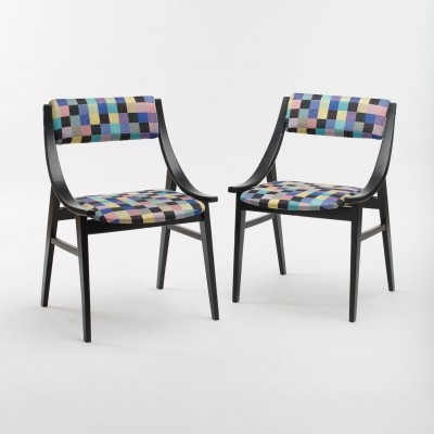 Pair of 'Skoczek' Chairs by Juliusz Kędziorek for Zamość Furniture Factory