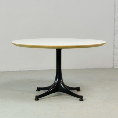 Round Swag Leg Coffee Table by George Nelson for Herman Miller, 1960s