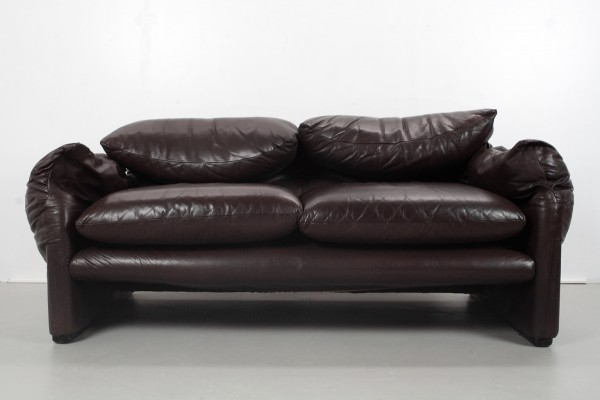 Maralunga sofa by Vico Magistretti for Cassina, 1970s