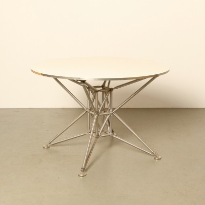 Lunar S round table in Steel-Line by System 180 Berlin