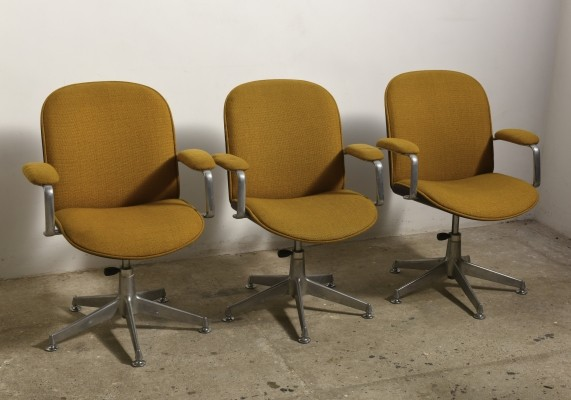 Adjustable swivel desk-office chairs with armrests by Ico Parisi for M.I.M, 1959
