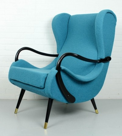Lounge chair with classic blue boucle fabric (Knoll Aegean)