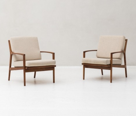 Set of Oak frame with original woolen upholstery Easy chairs made in Denmark