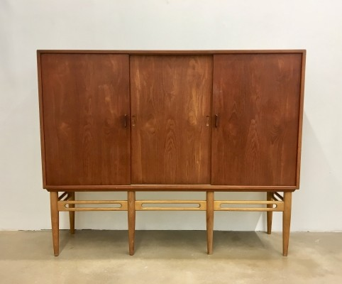 Model 90 Teak Cabinet by Illum Wikkelso for Soren Willadsen, 1950s