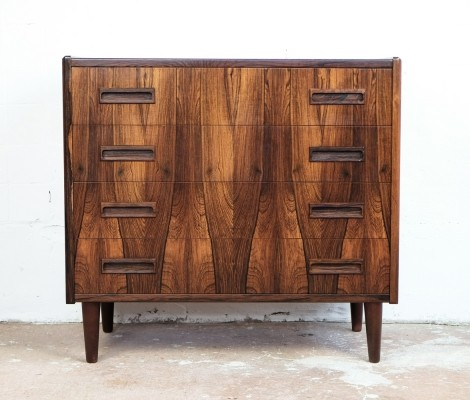 Chest of 4 drawers in rosewood by Westergaard