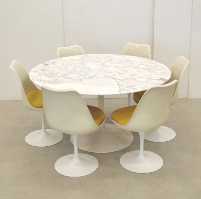 Eero Saarinen Tulip Dining Set Carrara Marble by Knoll International