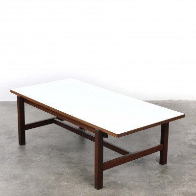Pastoe TH08 teak coffee table with reversible white/teak top
