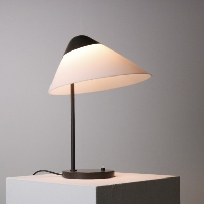1st edition 'Opala' desk lamp by Hans J. Wegner for Louis Poulsen, 1975