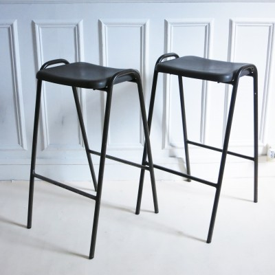 Pair of Flat top stools by Robin Day for Hille, 1960s