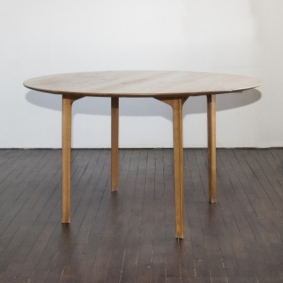 Grand Prix dining table by Arne Jacobsen for Fritz Hansen, 1960s