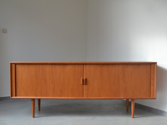 Tambour sideboard by Svend Aage Larsen for Faarup, 1950s
