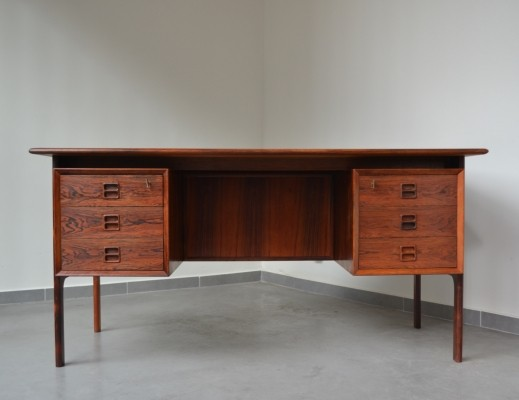 Rosewood free standing desk by Arne Vodder for Sibast, 1950s