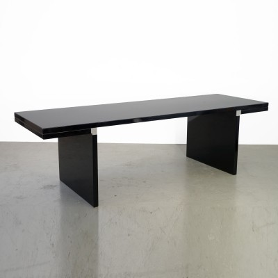 Table designed by Carlos Scarpa for Cassina