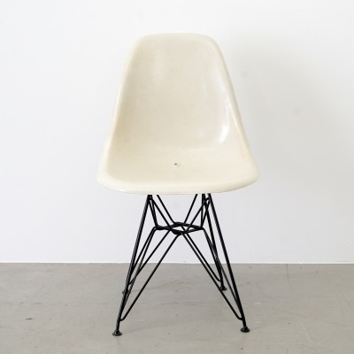 Dinner chair by Charles & Ray Eames for Herman Miller, 1960s