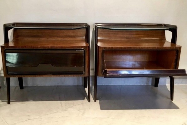 Pair of Lacquered Kingwood Italian Nightstands