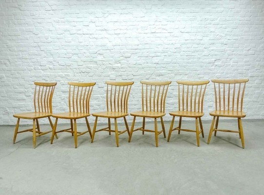 Mid-Century Set of Six Scandinavian Spindle Back Dining Chairs by Bengt Akerblom