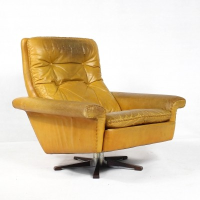 Leather Lounge chair by Georg Thams for Vejenpolstermøbelfabrik