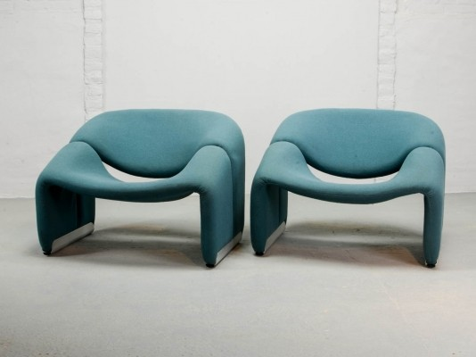 Pair of Blue Dutch Design M Lounge Chairs by Pierre Paulin for Artifort, 1970s