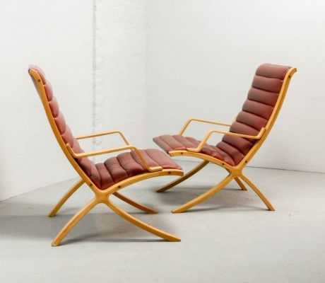 Pair of Red Leather AX Lounge Chairs by Hvidt & Nielsen for Fritz Hansen