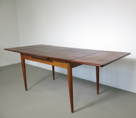 Hovmand Olsen dining table, 1960s