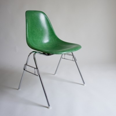 4 Eames DSS Green Fibreglass Chairs By Herman Miller