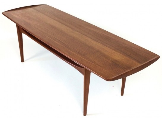 Modell FD 503 coffee table by Tove Kindt Larsen & Edvard Kindt Larsen for France & Daverkosen, 1950s