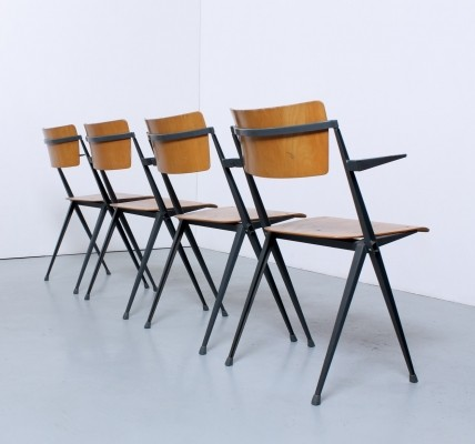 Set of 4 Pyramid dinner chairs by Wim Rietveld for Ahrend de Cirkel, 1950s