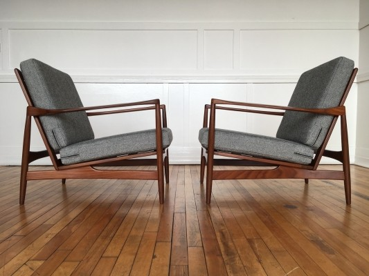 Pair of Ib Kofod-Larsen Easy Chairs Lounge Chairs for G-Plan Danish Range