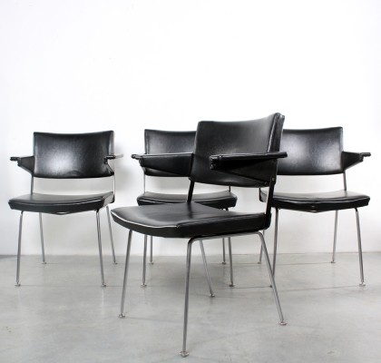 Set of 4 dinner chairs by André Cordemeyer for Gispen, 1960s