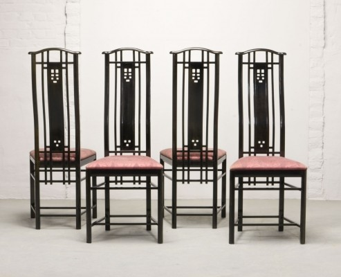 Set of Four High Back Black Lacquered Dining Chairs by Giorgetti, Italy 1980s