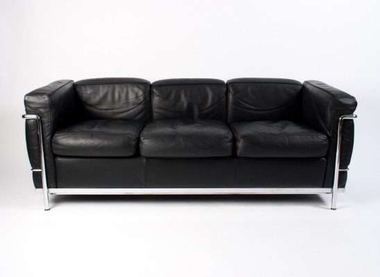 Cassina LC2 3-Seater in Black Leather, 90's