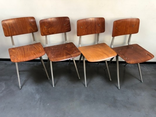Set of 4 Result dinner chairs by Friso Kramer for Ahrend de Cirkel, 1970s