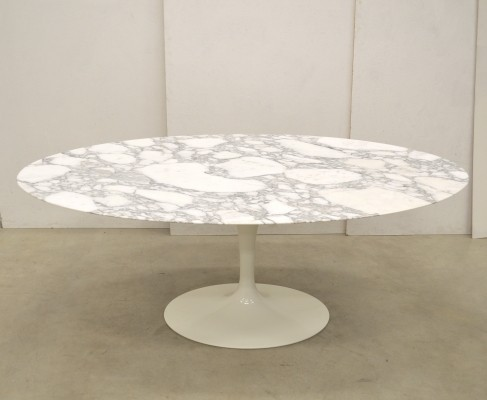 Oval Marble dining table by Eero Saarinen for Knoll International, 1990s