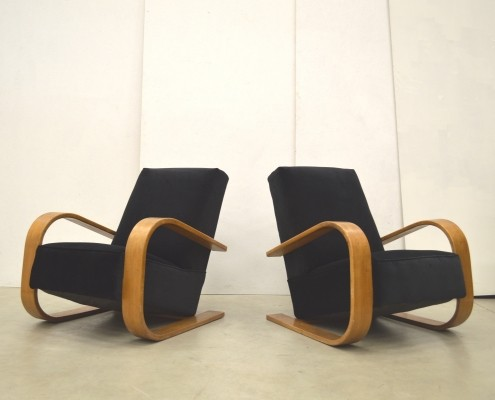 Finnish Art Déco Tank Chairs from the early 30s