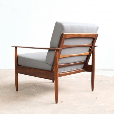 Danish easy chair in solid teak with new cushions in grey fabric