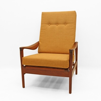 Sixties lounge seat in afromosia teak