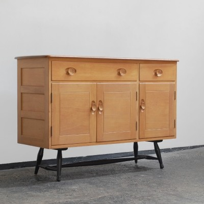 Windsor cabinet by Lucian Randolph Ercolani for Ercol, 1960s