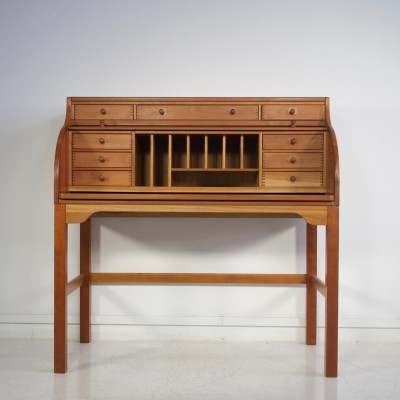 Solid American Cherry Wood Writing Desk by Andreas Hansen