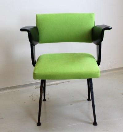 Green & black metal 'Resort' arm chair by Friso Kramer for Ahrend de Cirkel, 1972