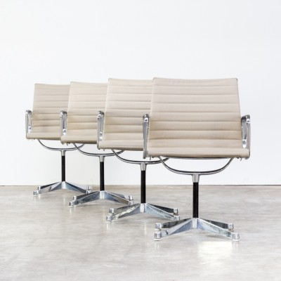 Set of 4 Ray & Charles Eames EA108 office chairs for Herman Miller
