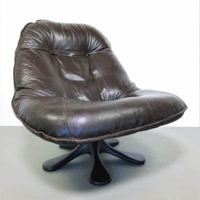 Leather lounge chair, ca 1970