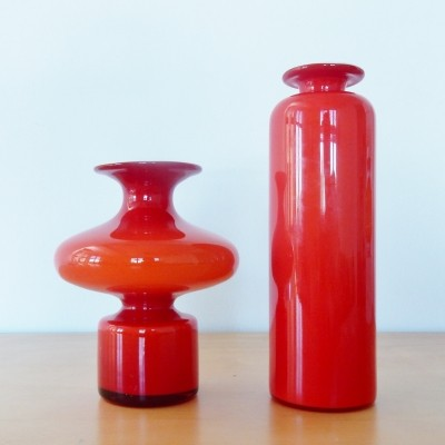 Set of 2 red 'Carnaby' vases by Per Lütken for Holmegaard