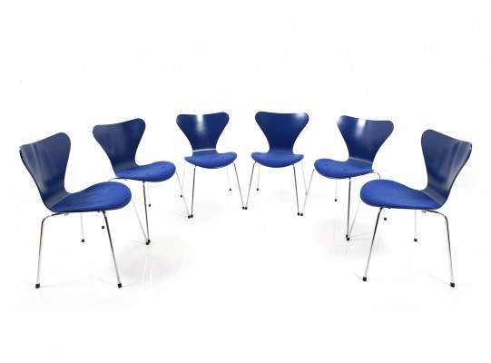 Set of Six Arne Jacobsen Armchairs, mod. 3107