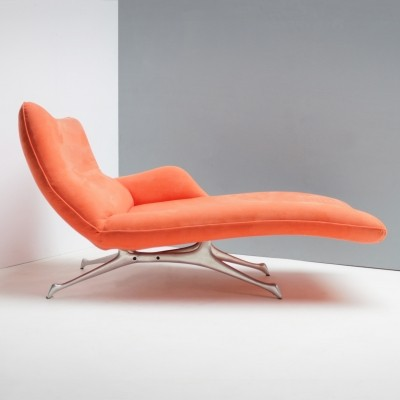 Vladimir Kagan Chaise Lounge for the Kagan New York Collection