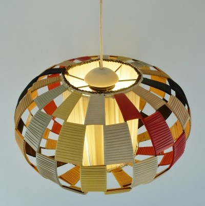 Three dimensional pendant light of fabric in multiple colors