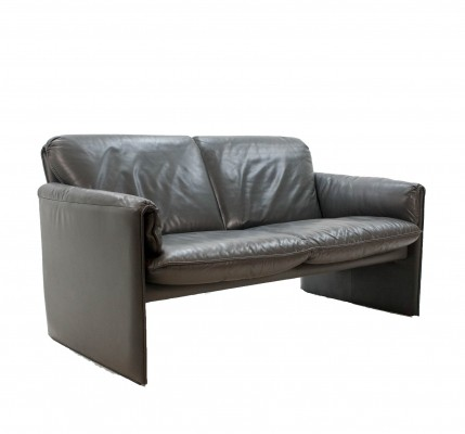 Anthracite leather 'Bora' sofa by Axel Enthoven for Leolux