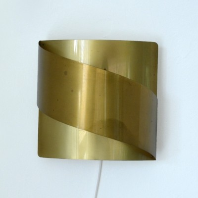 Wall lamp by Peter Celsing for Falkenbergs Belysning Sweden, 1960s