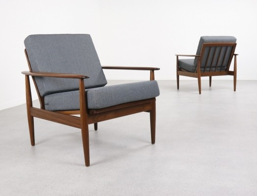 Pair of Danish lounge chairs, 1960s